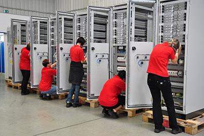 cabinet-wiring-team-in-Chomutov